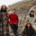 No Plans (For This Year) dei Tugboat Captain, il loro entusiasmante e coinvolgente pop barocco che annuncia nuovi scenari per la band di South-London. [Recensione Singolo]